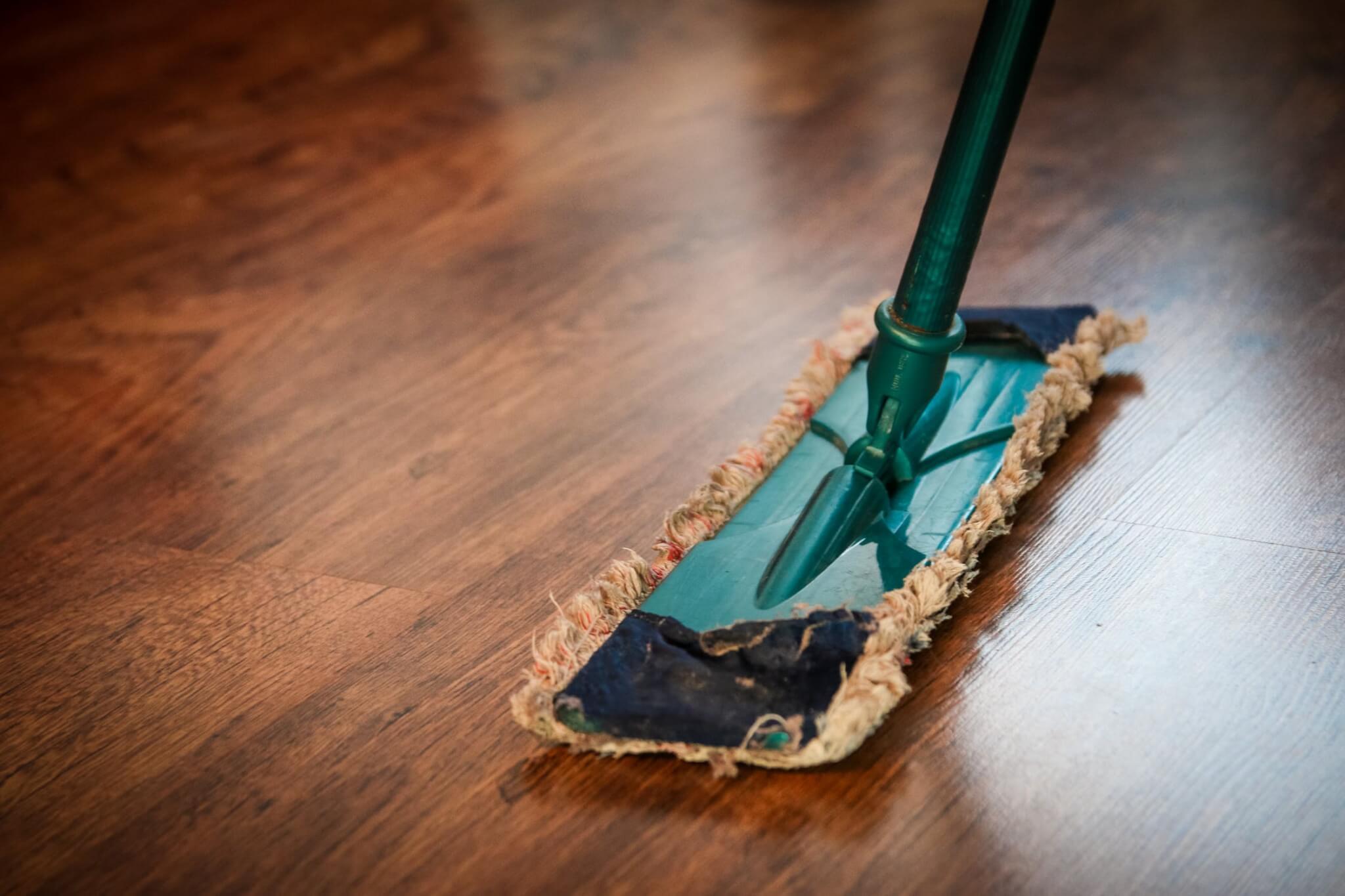 Het onderhoud van een houten vloer floorsite