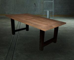 Industriele rechthoekige eettafel tafel stalen h-poot achtergrond