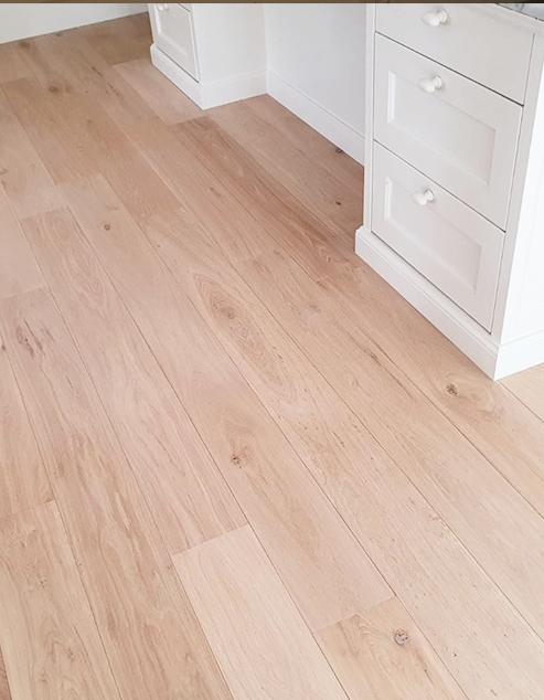 Restpartij Multiplank houten vloer 18cm breed Onbehandeld