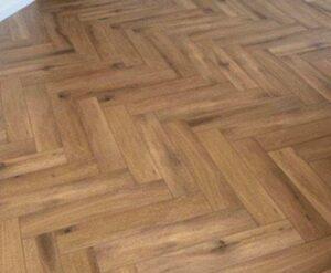 Restpartij Klik PVC Visgraat Callisto 5200 Natural Oak Dark
